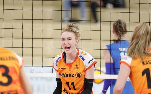 Lena Große Scharmann (Nr.11) und Allianz MTV Stuttgart haben in Wiesbaden allen Grund zum Jubeln