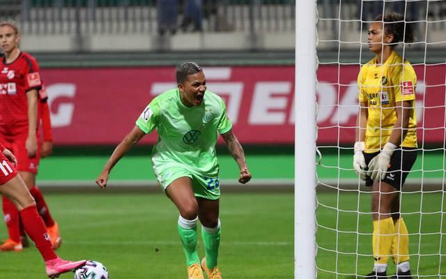 Shanice van de Sanden schoss das 4:0 für den VfL Wolfsburg.