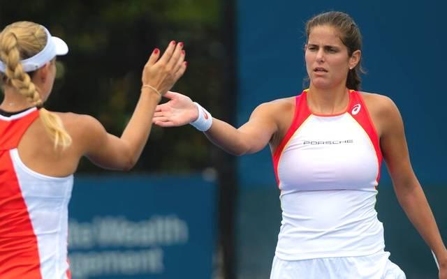 Julia Görges (r.) und Angelique Kerber spielten jahrelang gemeinsam im Fed Cup