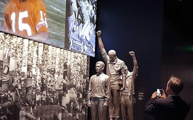 Die Protestgeste als Statue im Smithsonian-Museum in Washington