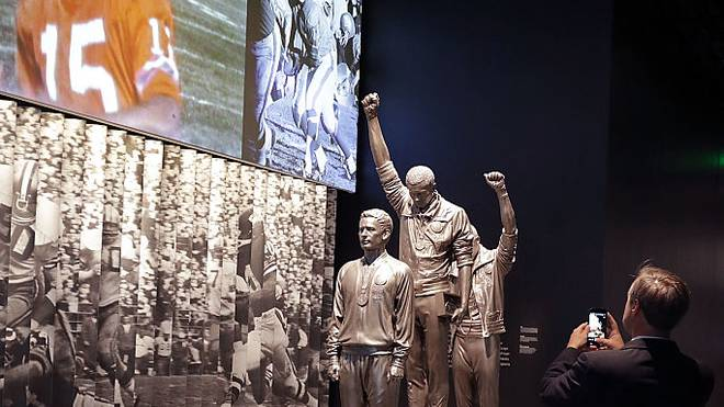 Die Protestgeste als Statue im Smithsonian-Museum in Washington