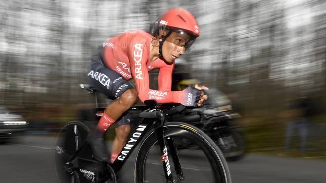 Radprofi Nairo Quintana hat sich bei einer Kollision mit einem Auto verletzt