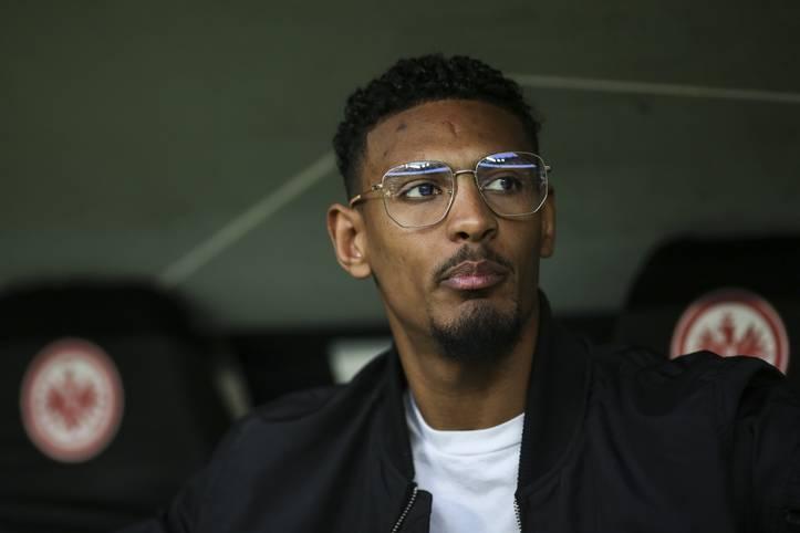 Seit Mittwoch ist es offiziell: In Sébastien Haller verliert Eintracht Frankfurt seinen nächsten Topstürmer. Der Franzose schließt sich für eine kolportierte Ablösesumme von 40 Millionen Euro West Ham United an