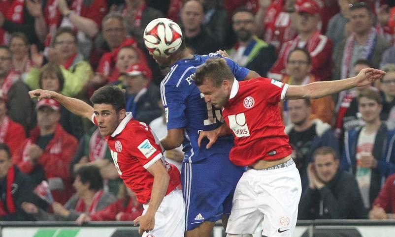 Sechs Punkte und elf Tore Vorsprung hat der FSV Mainz auf den Relegationsplatz. Nach Pleiten gegen Hamburg und in Stuttgart ist der Klassenerhalt immer noch nicht zu 100 Prozent gesichert. Doch sogar bei zwei weiteren Niederlagen gegen Köln und beim FC Bayern bleiben die 05er aber mit großer Wahrscheinlichkeit drin. Für sechs andere Teams wird der Liga-Schlussspurt aber zur großen Nervenprobe. SPORT1 blickt auf die Mannschaften in arger Not