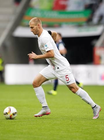 Platz 4: Ragnar Klavan (FC Augsburg) - 75 Prozent gewonnene Zweikämpfe im Spiel gegen Mainz 05