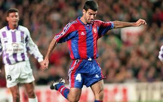 Pep Guardiola eilt als Trainer von Erfolg zu Erfolg. Doch der Spanier kann auch auf eine erfolgreiche Zeit als Fußballspieler zurückblicken. SPORT1 zeigt die Highlights seiner Karriere als Spieler