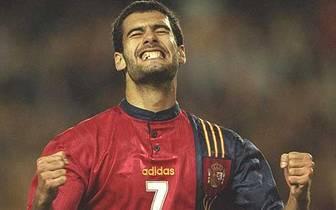 Bei den Olympischen Sommerspielen in Barcelona holt Guardiola 1992 mit dem spanischen Team die Goldmedaille. Im Herbst des gleichen Jahres debütiert er dann in der A-Nationalmannschaft