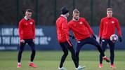 (R-L) RB Leipzig's German defender Marcel Halstenberg, Austrian midfielder Konrad Laimer, Slovanian midfielder Kevin Kampl and Austrian midfielder Hannes Wolf warm up during a training session on the eve of the UEFA Champions League football match between Leipzig and Tottenham, in Leipzig, eastern Germany on March 9, 2020. (Photo by Ronny Hartmann / AFP) (Photo by RONNY HARTMANN/AFP via Getty Images)