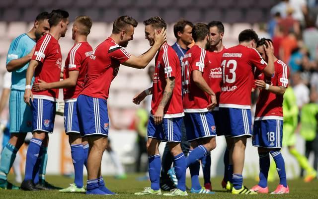 SpVgg Unterhaching v SV Elversberg - Third League Playoff Leg One