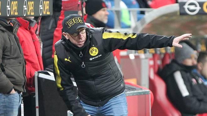 Dortmunds Coach Peter Stöger setzt im Trainingslager auf einen Soziologen