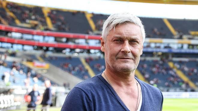 Trainer Armin Veh muss mit Frankfurt gegen Hertha ran