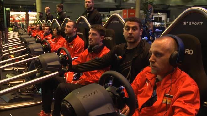 GT Fahrer beim Event in Nürburg