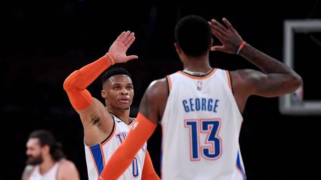 Russel Westbrook (m.) zeigte gegen die Pelicans eine überragende Vorstellung