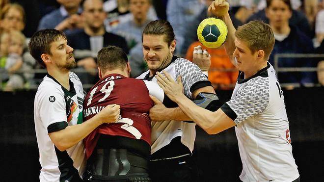 Fabian Wiede, Evgeni Pevnov und Finn Lemke kassierten im zweiten Duell mit Katar einen Dämpfer