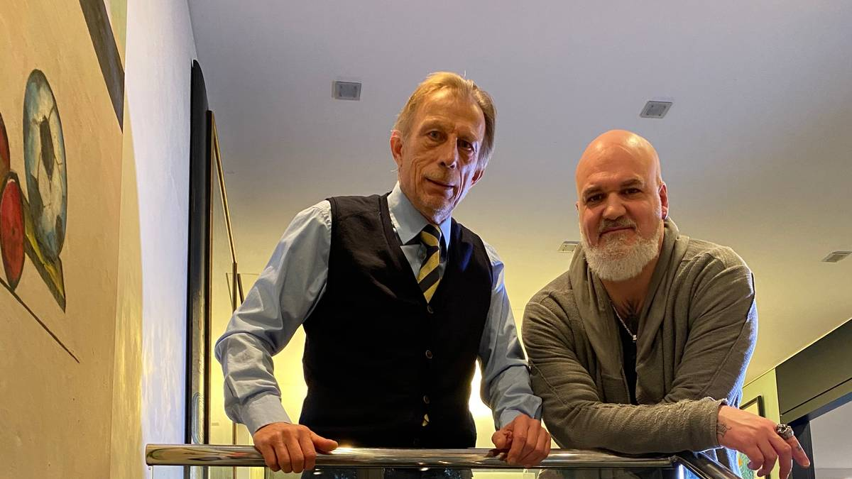 SPORT1-Reporter Reinhard Franke (r.) besuchte Christoph Daum in Köln