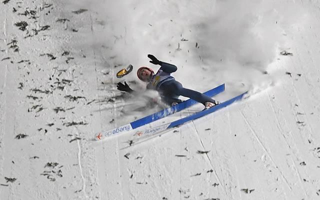 David Siegel stürzte beim Teamspringen in Zakopane schwer