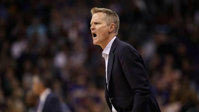 NBA: Golden State Warriors unterliegen Boston Celtics - Rekord-Pleite für Kerr