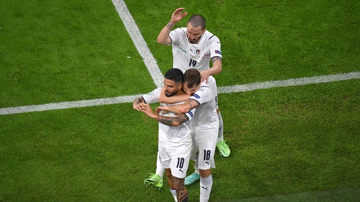 """""""Noch zwei Spiele!"""" Sieg im Spektakel lässt Italien träumen"""