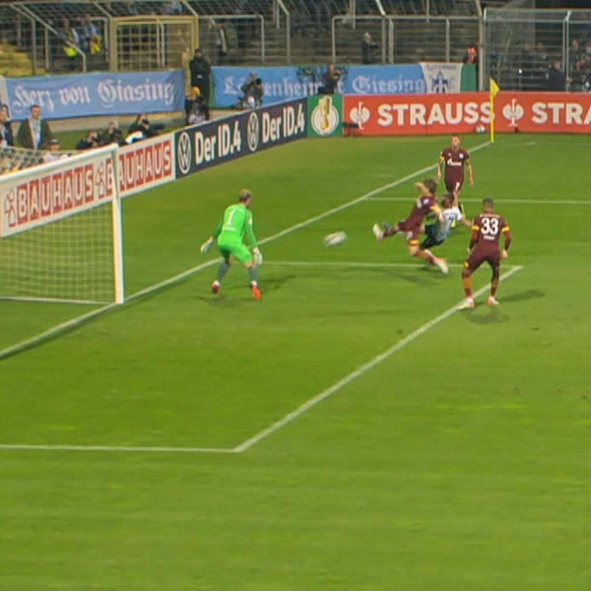 Sensation! Hier blamiert sich Schalke gegen die Löwen