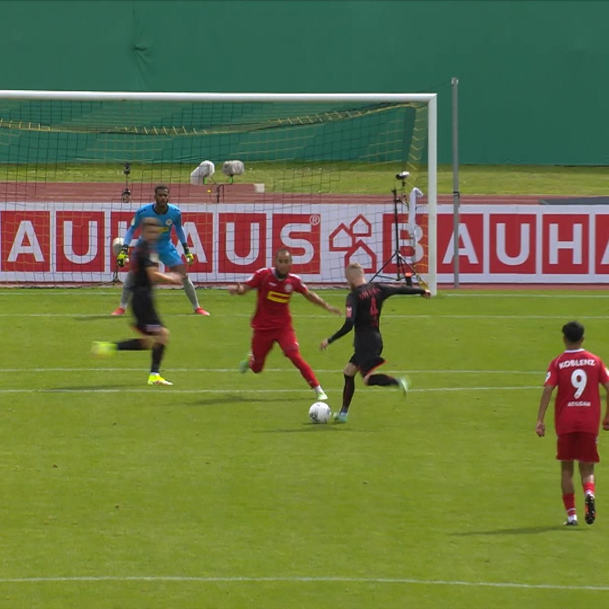 Traumschlenzer! Ex-BVB-Talent wird zum Pokalhelden