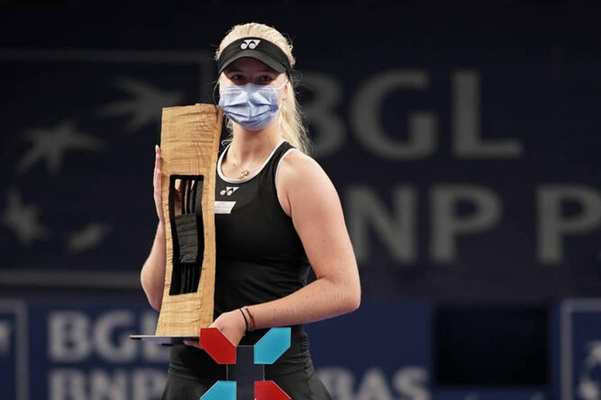 Clara Tauson feiert auf der WTA-Tour ihren zweiten Turniersieg. Die Teenagerin bezwingt im Finale in Luxemburg eine frühere French-Open-Siegerin.
