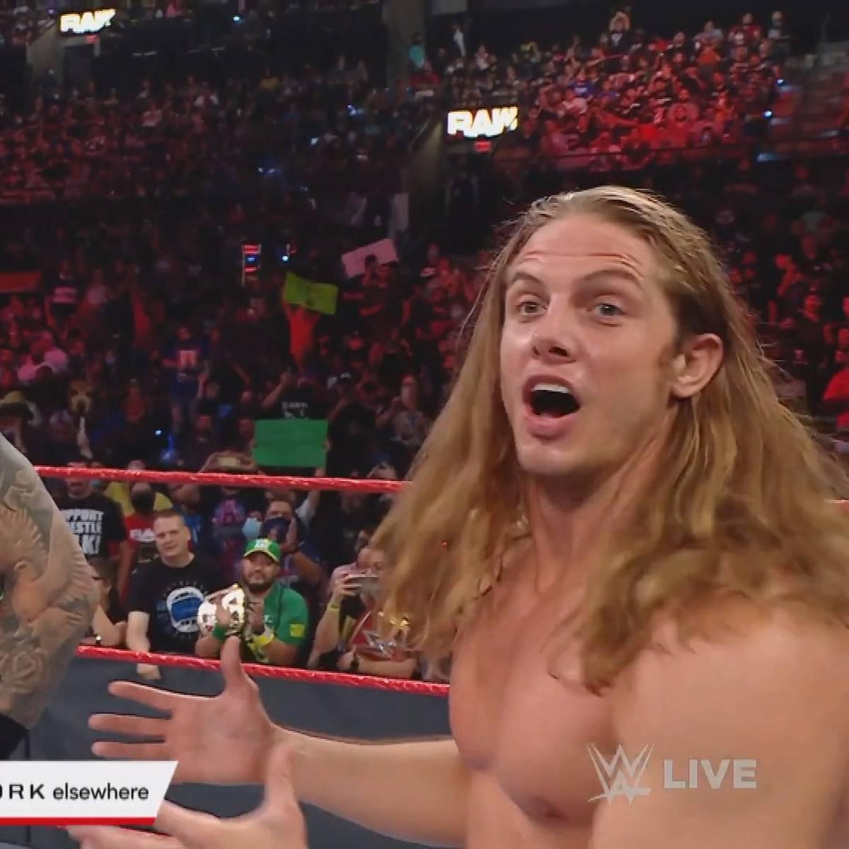 Hier versöhnt sich das ungleiche WWE-Duo