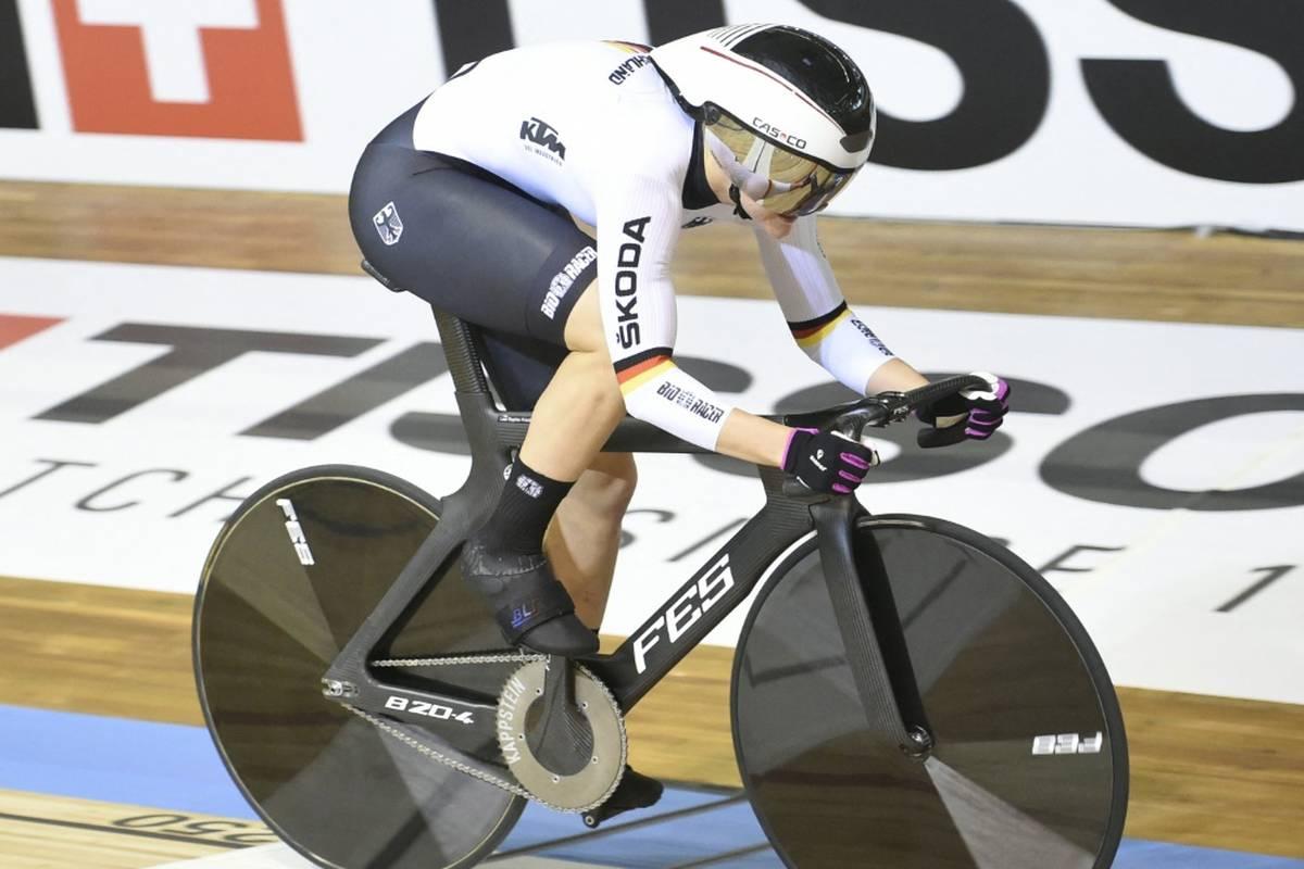 Lea Sophie Friedrich aus Dassow hat eine traumhafte Bahnrad-WM in Roubaix mit ihrem dritten Titel gekrönt.