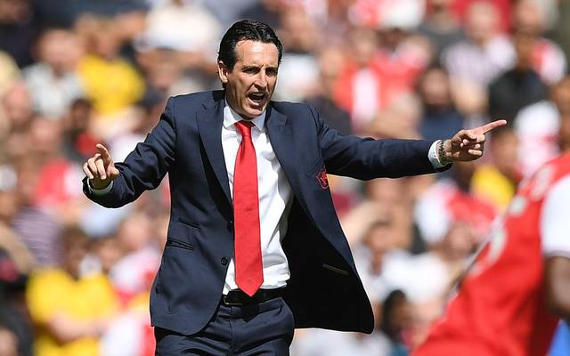 Arsenal's Spanish head coach Unai Emery gestures on the touchline during the English Premier League football match between Arsenal and Burnley at the Emirates Stadium in London on August 17, 2019. (Photo by Daniel LEAL-OLIVAS / AFP) / RESTRICTED TO EDITORIAL USE. No use with unauthorized audio, video, data, fixture lists, club/league logos or 'live' services. Online in-match use limited to 120 images. An additional 40 images may be used in extra time. No video emulation. Social media in-match use limited to 120 images. An additional 40 images may be used in extra time. No use in betting publications, games or single club/league/player publications. /         (Photo credit should read DANIEL LEAL-OLIVAS/AFP/Getty Images)