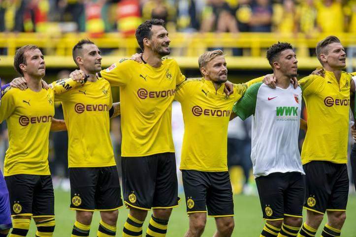 Nachdem Borussia Dortmund im Sommer 2019 für rund 130 Millionen Euro Mats Hummels, Thorgan Hazard, Nico Schulz, Julian Brandt, Paco Alcacer und Mateu Morey verpflichtet hat, musste der große Kader des BVB auch wieder ausgedünnt werden