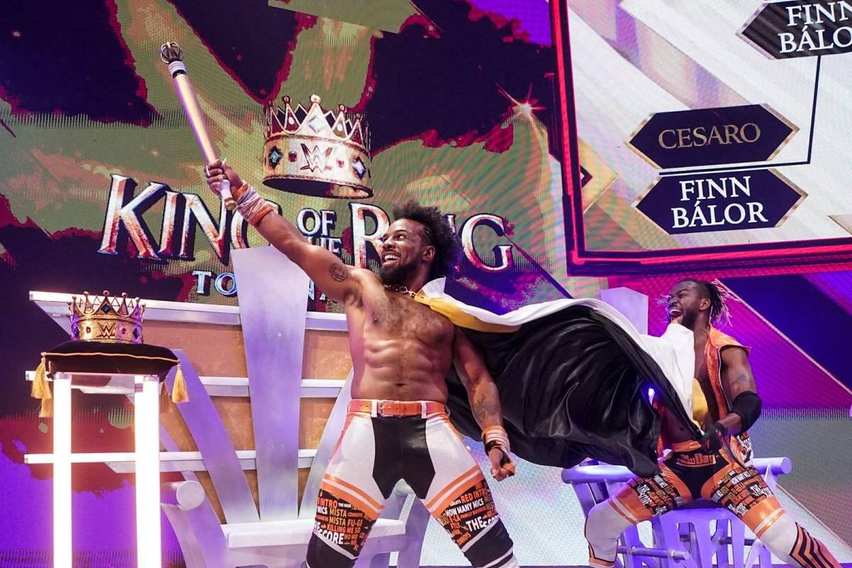 Bei WWE Monday Night RAW zieht Xavier Woods ins King-of-the-Ring-Finale bei Crown Jewel ein. Auch bei den Frauen gibt es eine Überraschung.