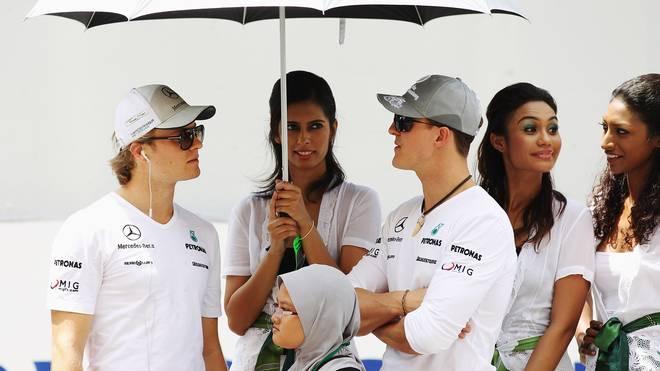Formel 1: Nico Rosberg vergleicht Michael Schumacher mit Lewis Hamilton, Nico Rosberg (links) und Michael Schumacher fuhren zusammen bei Mercedes