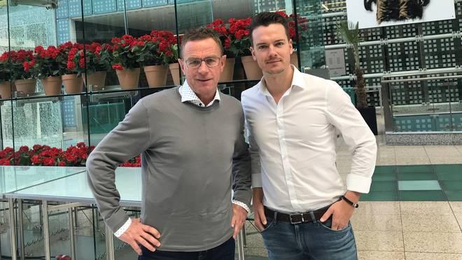 SPORT1-Chefreporter Florian Plettenberg (r.) traf Ralf Rangnick in München zum Interview