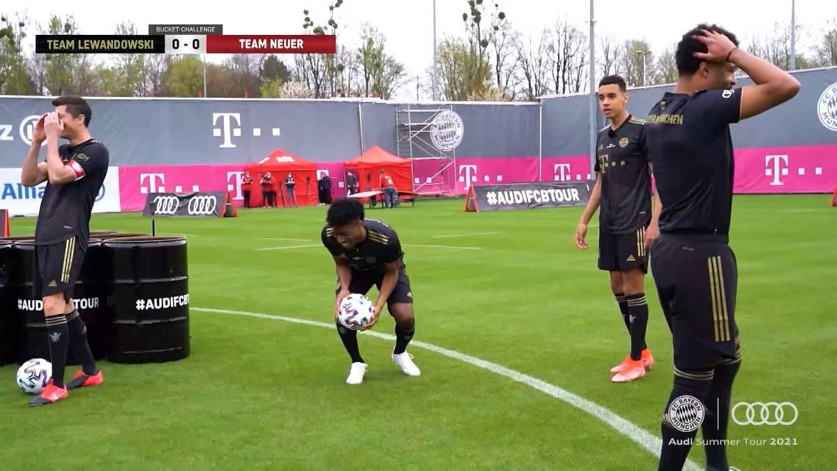 Bayerns Supertalent Jamal Musiala hat die Regeln bei der Bucket Challenge wohl nicht ganz verstanden. Die Kollegen nehmen den Youngster ordentlich auf die Schippe.