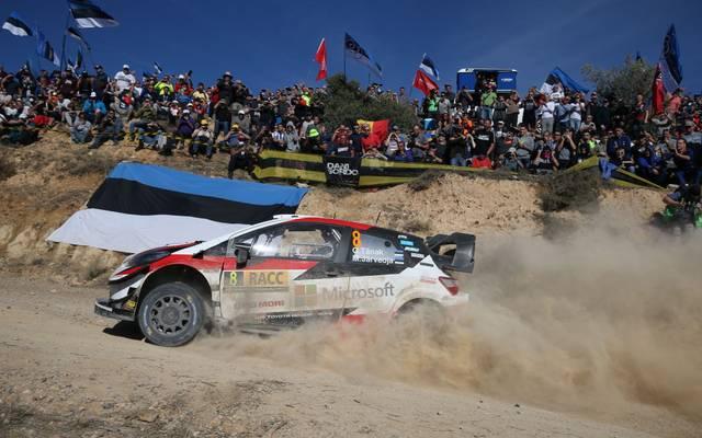 Ott Tänak wird bei den Spanien-Rallye von Fans aus seiner estnischen Heimat angefordert