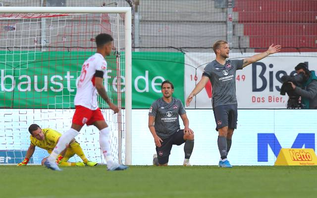 Der 1. FC Nürnberg unterlag Jahn Regensburg trotz einer zwischenzeitlichen Führung