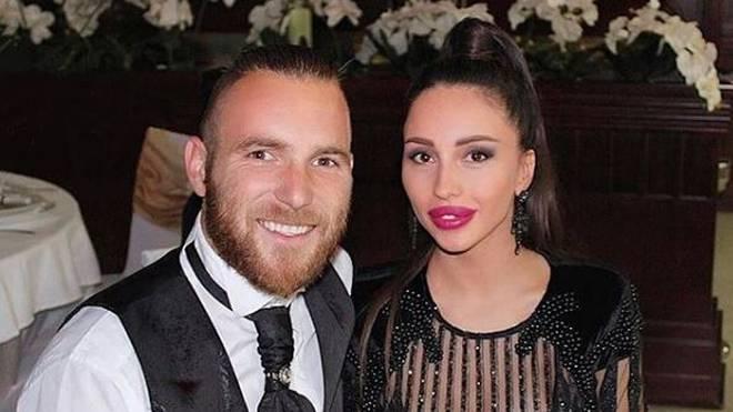 Aleksandar Katai und seine Ehefrau Lea Katai