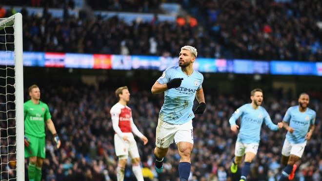 Sergio Agüero bejubelt seinen dritten Treffer im Spiel gegen den FC Arsenal