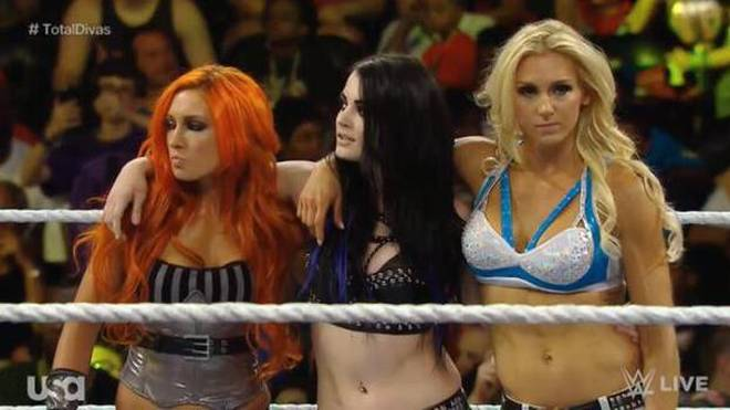 Die Submission Sorority WWE Paige Becky Lynch Charlotte