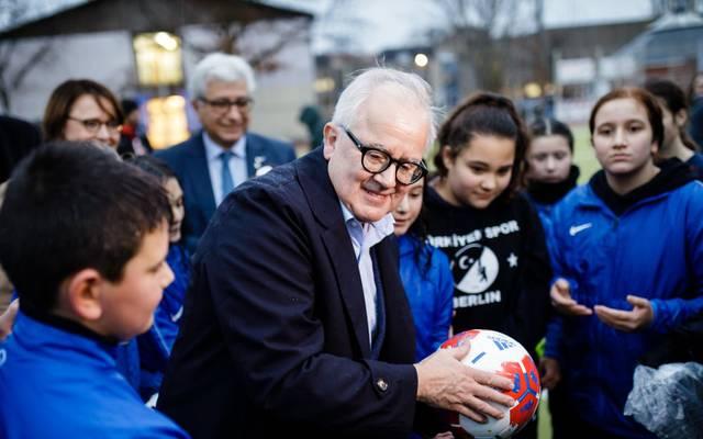 Fritz Keller begrüßt politisches Engagement der Fußball-Profis