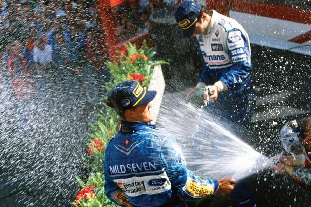 So spannend wie in dieser Saison war der Titelkampf in der Formel 1 lange nicht mehr. SPORT1 zeigt die spannendsten Entscheidungen um die Krone des Motorsports.