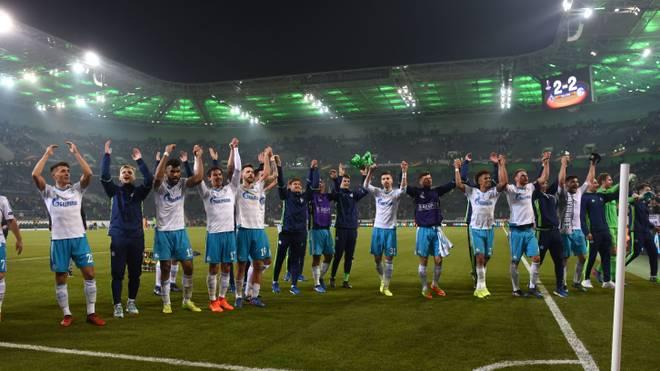 Schalke 04 feiert den Einzug ins Viertelfinale der UEFA Europa League