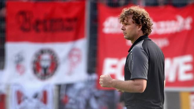Trainer Stefan Krämer hatte in Erfurt zuletzt wenig Grund zum Jubeln