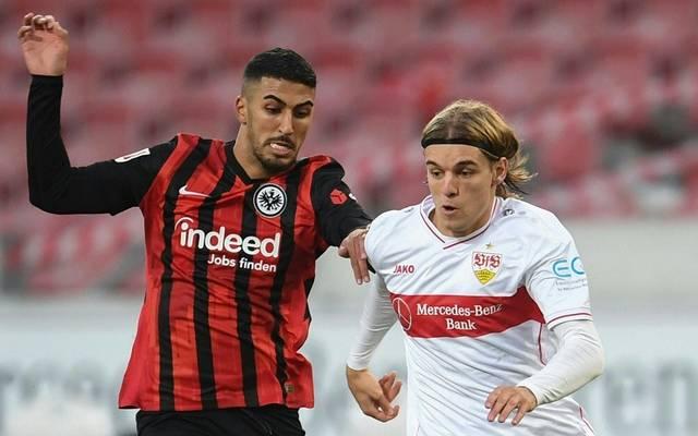 Borna Sosa (r.) bleibt dem VfB Stuttgart treu