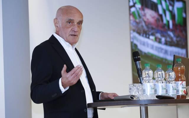 Martin Kind überlegt, auf Spieler mit Vertragsende am 30. Juni bei möglichen Spielen im Juli zu verzichten