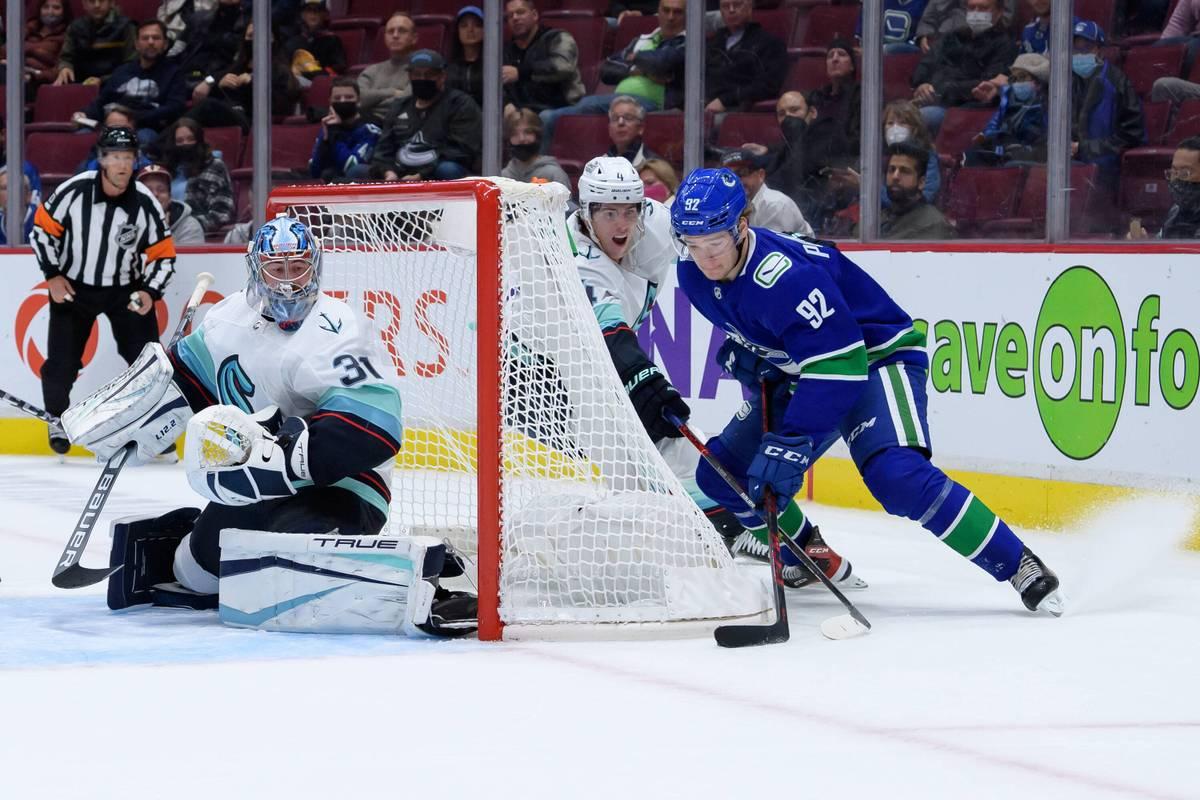 NHL-Neuling Seattle Kraken hat mit Philipp Grubauer zwischen den Pfosten das erste Heimspiel seiner Geschichte verloren.