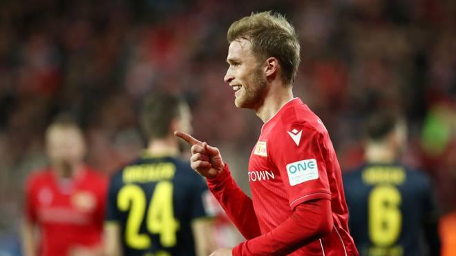 Sebastian Andersson feiert seinen ersten Treffer