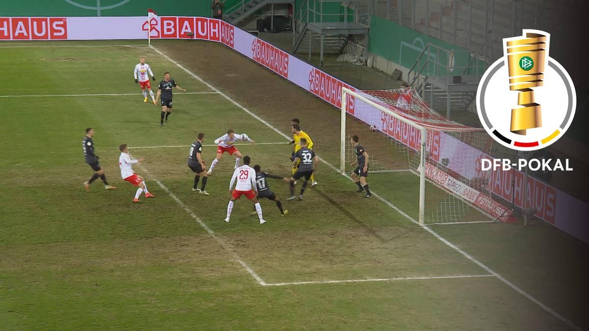 Irrer Last-Minute-Wirbel! Werder zittert sich ins Halbfinale