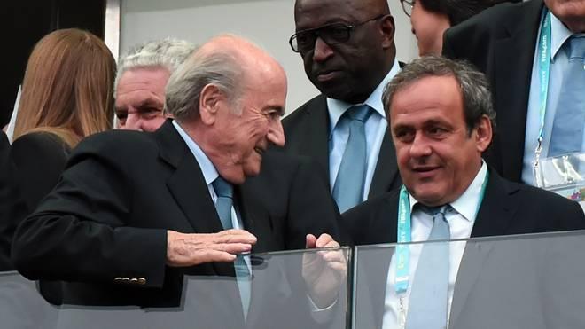 Sepp Blatter (l.) zusammen mit Michel Platini