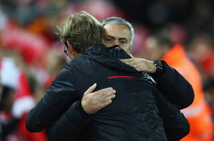 Nach dem Gipfeltreffen mit Jürgen Klopp steht für das kriselnde Manchester United um Jose Mourinho die brisante Rückkehr an die Stamford Bridge an. Für andere Startrainer der Premier League könnte es derzeit dagegen kaum besser laufen. SPORT1 macht das Power-Ranking
