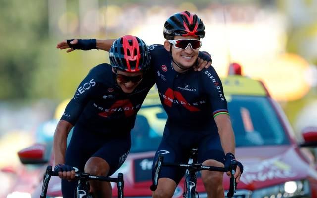 Michał Kwiatkowski (r.) gewinnt die 18. Etappe der Tour de France